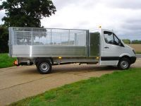 All alloy tipping body/tool box. Galvanised steel cages/rear doors.