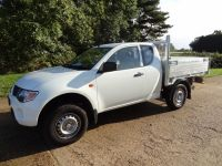 Mitsubishi L200 Drop side with removable cages & barn doors